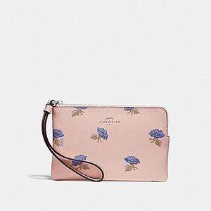 NWT Coach bell flower wristlet!! PRICE FIRM